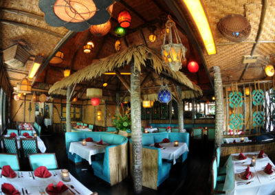 Wide view of the secluded Tahiti dining room.